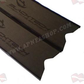 להבי סנפירים BlackTech Spearfishing Shark Skin Carbon